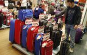 Где купить чемодан: недорогой или брендовый, на колесиках и без, в Моксве, СПб или других городах