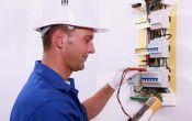 Сколько стоят услуги электрика: все о цене