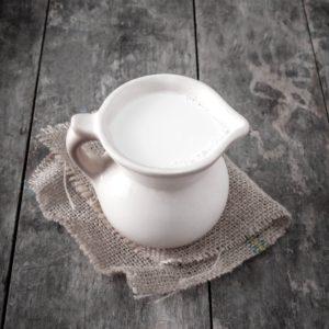 Цена на 1 литр козьего молока