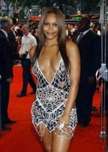 Платье Саманты Мамбы